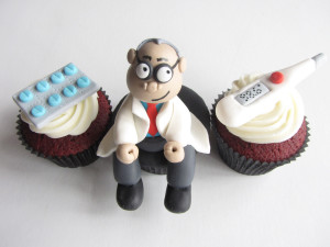 doctor-themed-cupcakes-3