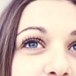 Gdy spojrzenie ukazuje zmęczenie, czyli co robić z przekrwionymi, suchymi oczami.